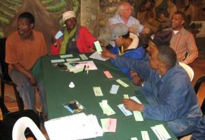 Die Mitglieder des Joint Body werten die Ergebnisse der Gruppenarbeit aus.