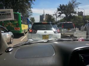 Verkehr im überfüllten Nairobi