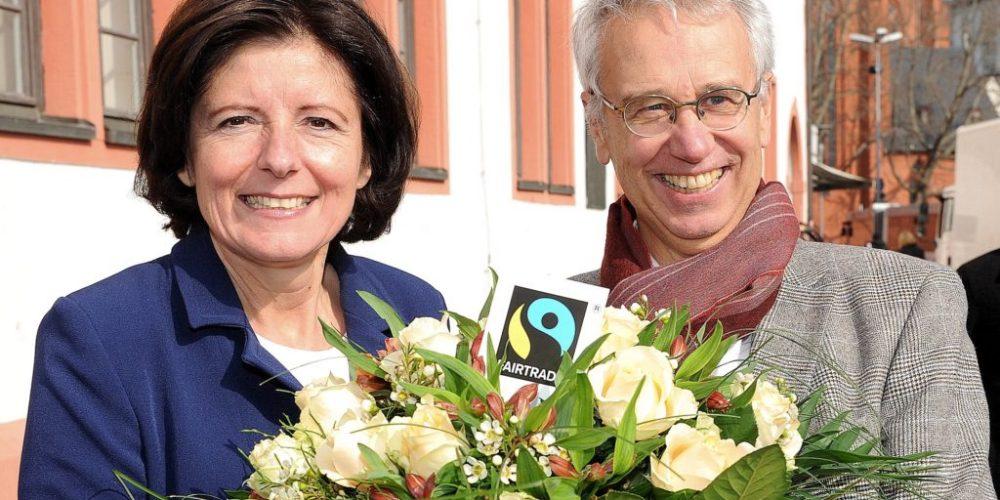 Fairtrade-Rosen zum Weltfrauentag